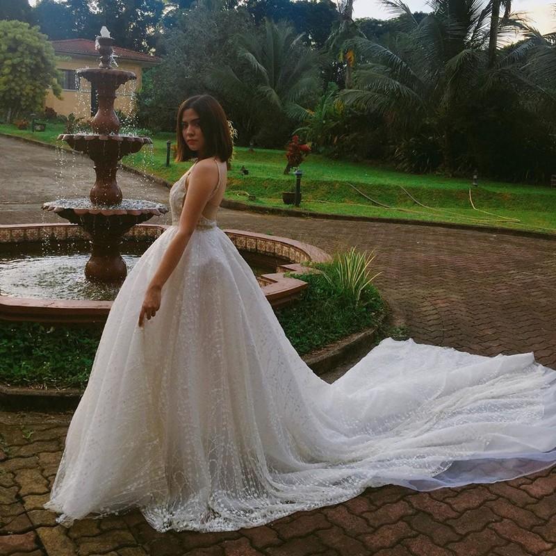 LOOK: Behind-The-Scenes  photos of Alexa Ilacad as Luna dela Cuesta